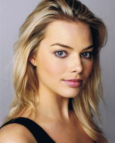 Femme Fatale Friday: Margot Robbie - Plain Jane Homme