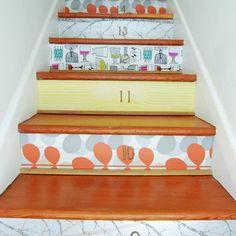 With horizontal stripes #Escaleras_decoradas #Decorated_stairs