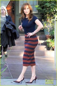Jennifer Lopez Surprised by Her Kids on 'Boy Next Door' Set! | jennifer lopez brings max emme to boy next door set 14 - Photo