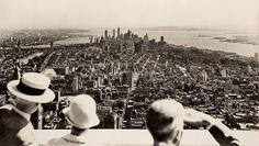 Vista desde lo más alto, en el día de la inauguración del Empire State Building, 1931