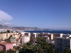 Location vacances appartement Fabron: vue du séjour/salon