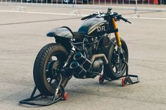 Yamaha Virago Cafe Racer by 53 ​Fast Living #motorcycles #caferacer #motos | caferacerpasion.com
