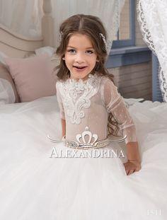 72121123b4a6 Alexandrina - 1511 - Flower dress Lace Patterns