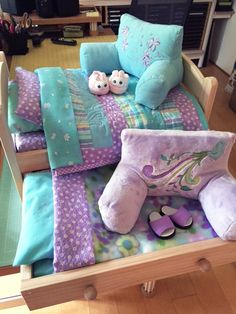 Wollyonline Blog: Making an American Girl Trundle Doll Bed with all possible extras