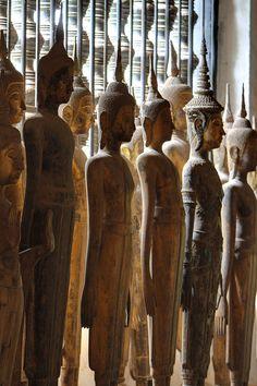 Luang Prabang Vat Wisunarat Buddhas Statues