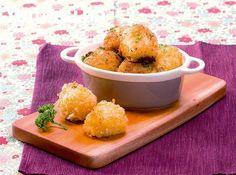 Bite into crunchy, creamy potato balls and find a gooey surprise inside!