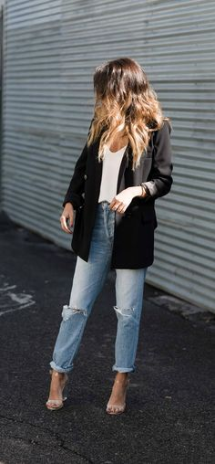 weekend outfit: boyfriend jeans x oversized blazer - Jeans Black - Ideas of Jeans Black - weekend outfit: boyfriend jeans x oversized blazer Mode Outfits, Chic Outfits, Fashion Outfits, Chic Winter Outfits, Fashionable Outfits, Dressy Outfits, Jean Outfits, Fashion Clothes, Summer Outfits