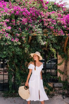 // The top linen dresses for summer.