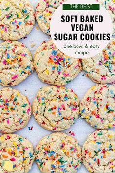 Vegan Sugar Cookie Recipe, Dairy Free Sugar Cookies, Vegan Baking Recipes, Gluten Free Cookie Recipes, Soft Sugar Cookies, Vegan Dessert Recipes, Best Vegan Cookies, Healthy Sugar Cookies, Best Vegan Desserts
