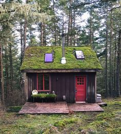 20 Beautifuly Remote Cabins Perfect for People Who Don't Like People | BlazePress