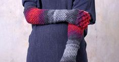 These Crocheted Dragon Scale Gloves Are Perfect For Warming Up On A Winter Day