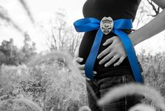 Thin Blue Line Baby Announcement : Photography by Stephanie Smith