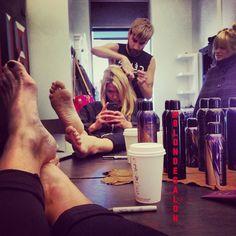 Salon selfie! Old assistant showing new assistant @lizaoppenheimer how to do my hair! All blondes ❤️❤️‼️‼️ #selfie #salon #blondehair #blondecolor #dallasblonde #dallas #uptowndallas #colorist #mermaidhair #blonde #dallasstyle #dallashair #blondecolorspecialist #dallasbeauty #losangeles #blondesalon #blondtourage #comeinwereblonde #dallasblondes #oribe