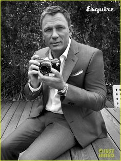"""Daniel Craig has told Esquire magazine that he will bring """"weight and meaning"""" to his next outing as James Bond as hinted that Spectre is likely to be his final appearance as 007 Daniel Craig James Bond, Daniel Craig Interview, Craig Bond, Rachel Weisz, Greg Williams, Daniel Graig, Esquire Uk, Look Fashion, Mens Fashion"""