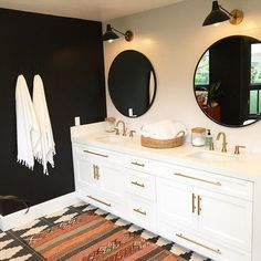 """So beyond thrilled to share this awesome black and white bohemian bathroom. The black wall worked out and I love the special fringe towels from Except for the done hardware Bad Inspiration, Decoration Inspiration, Bathroom Inspiration, Bathroom Inspo, Decor Ideas, Style At Home, Home Design, Bohemian Bathroom, Have A Great Night"