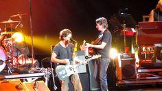 Pearl Jam - Eddie Vedder's Horoscope + Better Man Live In Montreal - Sep...