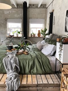 - A mix of mid-century modern, bohemian, and industrial interior style. - A mix of mid-century modern, bohemian, and industrial interior style. Teenage Room Decor, Master Bedroom Design, Home Bedroom, Bedroom Ideas, Bedroom Designs, Bedroom Apartment, Nature Bedroom, Summer Bedroom, Apartment Entryway