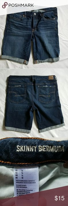 American Eagle outfitters Skinny Bermuda shorts Gently worn, lots of life left in this shorts, no longer my size.   Measurements: Waist: 18 inches Inseam: 11.5 inches Length from center of back to bottom: 23.5 Length when cuffed twice as shown: 22.5 inches American Eagle Outfitters Shorts Bermudas