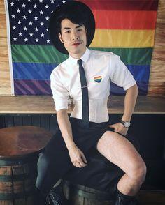 Eugene Lee Yang: another bi person Pretty Men, Pretty Boys, Beautiful Men, Beautiful People, Amazing People, Eugene Try Guys, Buzzfeed Try Guys, Eugene Lee Yang, Aesthetic Images
