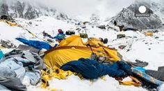 El Everest se vacía
