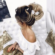 Прически и Макияж N1 Москва LA (@elstile) • Фото и видео в Instagram Blond, Wedding Hairstyles, Instagram, High Bun, Wedding Hair Styles, Wedding Hair Down, Bridal Hair Accessories, Wedding Hairs, Wedding Hairstyles Side