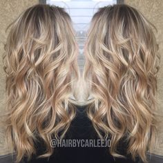 Long blonde wavy hair • blonde dimension • highlights • lowlights • long healthy hair