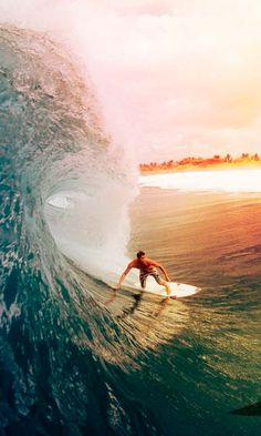 Surfing - Big Wave