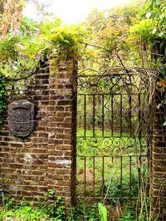 Richmond Plantation Gate 2008 - Berkeley County, South Carolina