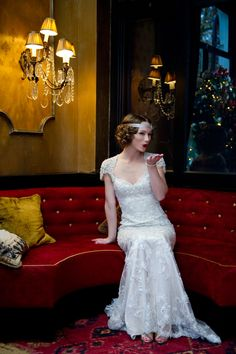 Styled Shoot: 20's Glamour inspired Shoot with Out of the Box | Enzoani