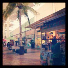 ¡Feliz Miércoles! #OutletCancún #BuenDía #Cancún #ShoppingTime