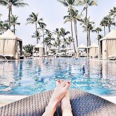 I don't want to ever leave... #liketkit #Maui #widn #vacation #poolside