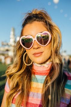 The Best Coachella 2018 Hairstyles (Hint: Braids and Quirky Sunnies! Messy Bun With Braid, Double Braid, Braided Buns, Messy Buns, Braided Bun Hairstyles, Loose Hairstyles, Updo Hairstyle, Prom Hairstyles, Mermaid Tail Braids