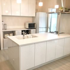 Home Decor Bedroom, Entryway Decor, Diy Home Decor, Interior Decorating, Interior Design, Japanese House, Apartment Design, Easy Diy, Kitchen Cabinets