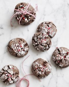 Chocolate Peppermint Crinkles Mint Chocolate, Melting Chocolate, Chocolate Recipes, Biscuits, Crinkle Cookies, Peppermint Candy, Christmas Desserts, Christmas Recipes, Holiday Cookies