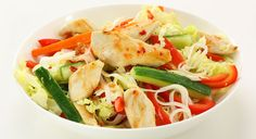 Chicken and Noodle Salad Noodle Salad, Thai Red Curry, Noodles, Diet Recipes, Healthy Eating, Weight Loss, Meals, Chicken, Cooking