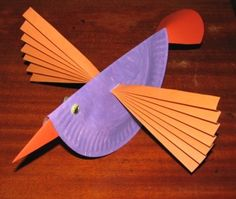 paper plate bird... what a great idea for the wings!