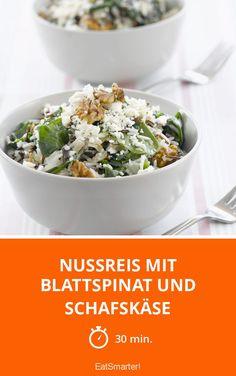 Die Kombination aus Nüssen, Spinat und Feta macht sich super lecker auf dem Teller :)