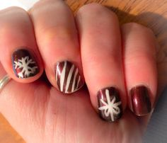 Christmas nails! Classy and simple
