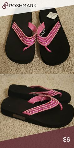 Sandals Pink sequins, NWT, comfy foamish material. totes Shoes Sandals