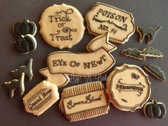 Tutorial How to Antique Cookies with Royal Icing