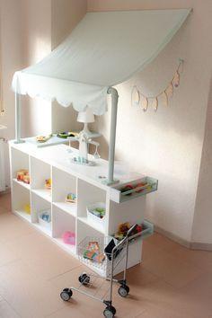 DIY: Kaufladen selber machen – das kann wirklich jeder – ganz leicht mit einem I… Sponsored Sponsored DIY: Doing a store yourself – anyone can do that – can easily make a store yourself with an IKEA hack. Ikea Kids, Kallax Regal, Diy Shops, Ikea Storage, Toy Storage, Storage Ideas, Storage Rack, Storage Shelves, Barbie Furniture