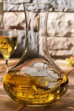 Holds both Red & White wine ; Wine Chiller, Wine Decanter, Champagne, Wine Art, Wine O Clock, In Vino Veritas, Italian Wine, Wine Festival, Wine Time