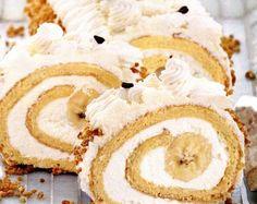 Rulada_cu_branza_de_vaci_si_banane Romanian Food, Romanian Recipes, Vanilla Cake, Delish, Deserts, Rolls, Cakes, Country, Banana