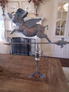 LARGE-Handcrafted-3D-3-Dimensional-FLYING-PIG-Weathervane-Copper-Patina-Finish