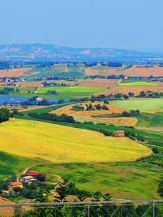 Treia, Marche, Italy- country by Gianni Del Bufalo  (CC BY-NC-SA 2.0)इटली  意大利 Italujo イタリア Италия איטאליע إيطاليا