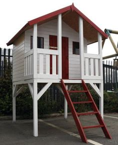 Simple Fort     http://www.doghomesestates.com/Children_Playhouses.html