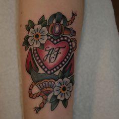 #tattoo #tattoos #anchor #anchortattoo #fower #flowertattoo #hearttattoo #oldschooltattoo #traditionaltattoo #neotrad #neotraditionaltattoo #schweresee #muetattooer #stendal #germantattooers #tattooidea #tattoodesign