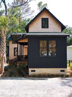 Southern Fried Homes, a builder of small/tiny homes and located on Hilton Head island in South Carolina produced the 364 square foot Oyster Wharf .