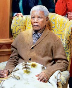 cleared fluid from Nelson Mandela's lungs after the former president had a recurrence of pneumonia