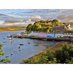 Portree, Schottland Portree ist ein kleines Örtchen auf der Insel Skye im schottischen Nordwesten.